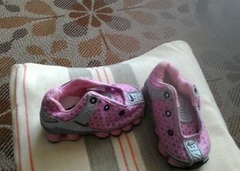 новые кроссовки на девочку