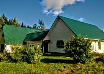 Дом на хуторе с удобствами, баня, гараж, хозяйство, 1 гектар земли