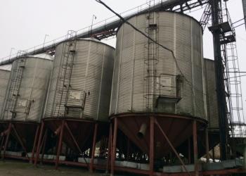 Продам емкости - силоса для хранения и активной вентиляции зерна.