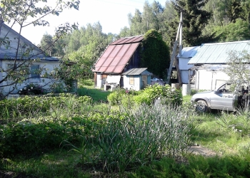 Продаю на вывоз деревянный дом. Находится Ярославский р-н, между с. Устье и с. Л