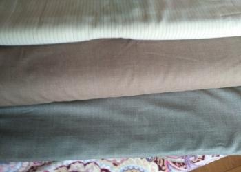 Продаются ткани полушерстяные разных цветов и видорисунков