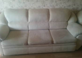 Продам диван + два кресла