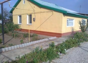Продам каменный дом на берегу моря.