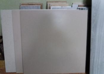 Плитка керамогранитная 600×600