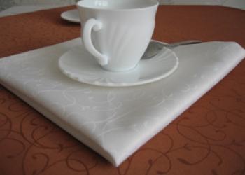 Салфетки на стол для дома,  для ресторана, для кафе.