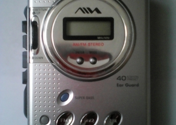 Продаётся кассетный стереоплеер aiwa
