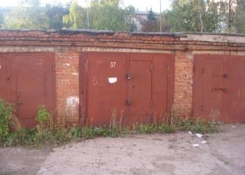 Продаётся гараж на остановке Спортивная