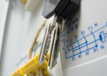 Монтаж электропроводки любой сложности