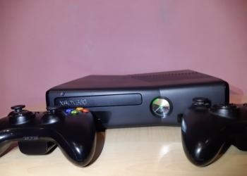 Xbox 360 + 70 игр