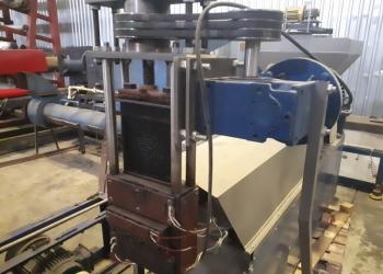 Продам оборудование для обработки полимеров.
