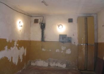 Продам 3-х уровневый капитальный гараж в районе гостиницы Ассоль