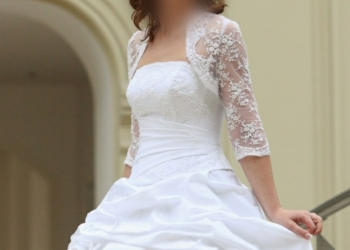 Платье свадебное белое размер 44-48 (корсет +юбка)