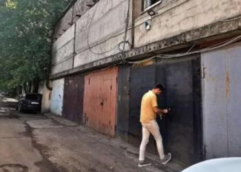 Огромный гараж 70 кв. М