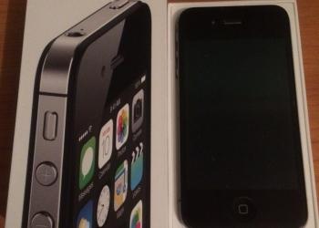 Продам IPhone 4s (8 Гб) (Чёрный)