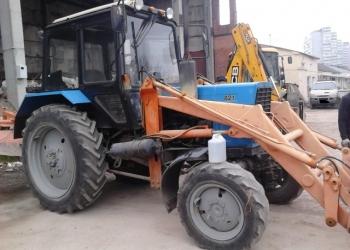 Аренда трактора Беларус МТЗ-82 с передним ковшом и щеткой.