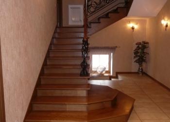 Деревянные лестницы на заказ-от простых до элитных.
