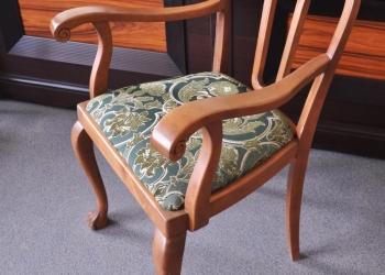 Продаю антикварное кресло второй половины 19в., реставрация