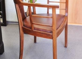 Продаю антикварное кресло второй половины XIXв., реставрация
