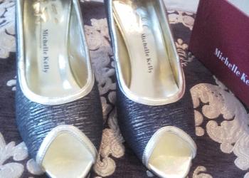 Продам две пары обуви