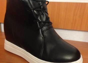 Продаются женские ботинки PHILIPP PLEIN, есть все размеры