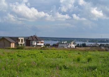 Участок на Дмитровском ш., 10 км от МКАД. Хвойный лес, водохранилище
