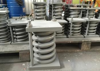 Блоки подвесок стационных трубопроводов,пружинный, катковый