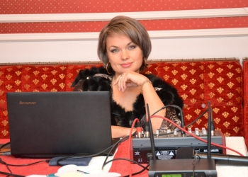 Популярная ведущая Татьяна Кулакова - опыт и профессионализм.