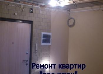 Ремонт квартир. Выравнивание стен, оклейка обоями.