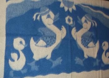 Продам одеяло из верблюжьей шерсти 90Х145 см.