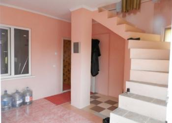 Срочно, эксклюзив, дом 260 м, 2 выхода, с ремонтом, возможно под хостел!