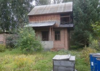 Продается дача с кирпичным домом на участке 6 соток