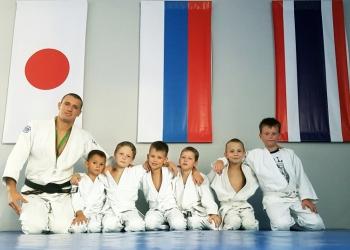 Проводится набор в спортивные группы группы борьбы самбо и дзюдо