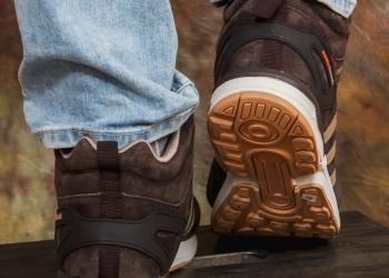 Зимние кроссовки Adidas с натуральным мехом. Новые