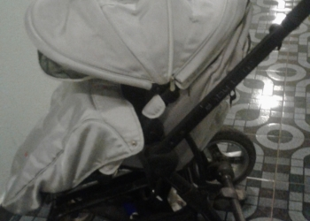 Продаётся коляска от 06 до 2 лет раскладываеться в 3 положения в хорошем состоян
