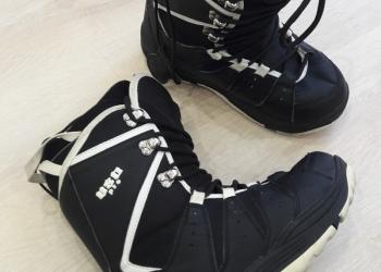 Сноубордические ботинки р.41