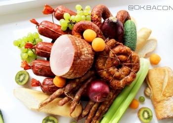 Домашние колбасы и мясные деликатесы