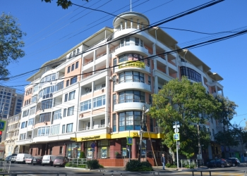 Продаю или меняю 4-ю квартиру, 150 м2, 3/7 эт. в центре Анапы на Краснодар