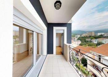Квартира без мебели с видом на море в Бечичи,Черногория 44m2 88 000 €.