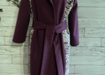 Пальто с кружевом, новое