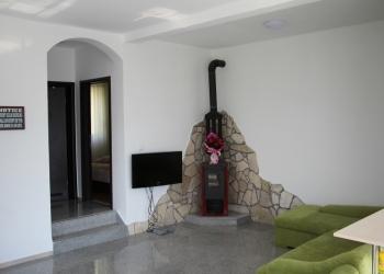 Дом (Черногория) 150 кв.м. +земля 485 кв.м.