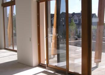 42% скидка на алюминиевые балконные двери в Ярцево