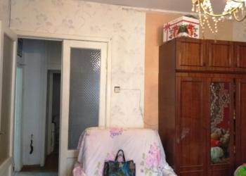 1-к квартира, 44 м2, 4/5 эт. Сталинка почти 2-х комнатная (комната разделена)