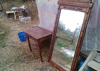 продам зеркало со столиком(трюмо) 19-20 век