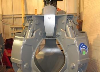 Грейфер для металлолома 600 литров (Италия) с ротатором GR16A8.