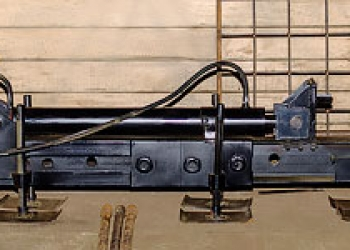 Установка прокола грунта для бестраншейной прокладки труб
