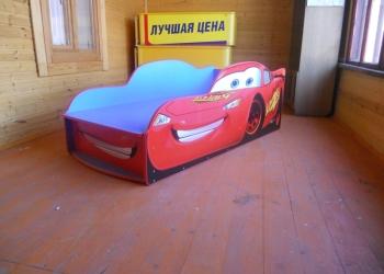 Кровать-машинка детская