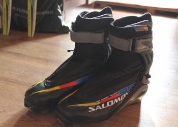 Профессионалтные лыжи и ботинки