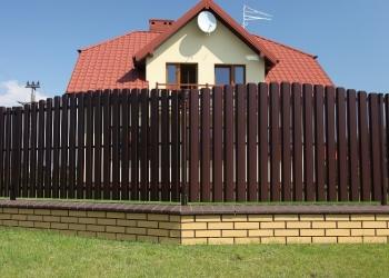 Забор, металлический штакетник