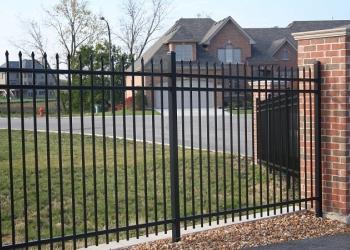 Металлоконструкции: заборы, решетки, пандусы, оградки.