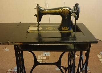 Швейная машинка ножная Goschveimachina